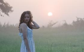 Картинка утро, туман, девушка