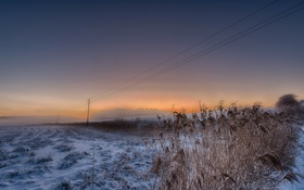 Обои зима, поле, снег, вечер
