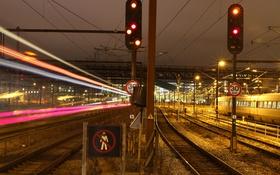 Обои ночь, лампы, Дания, знаки, поезда, светильники, линии электропередач