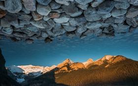 Обои вода, горы, озеро, отражение, камни