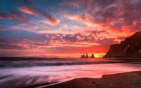 Обои море, волны, скалы, рассвет, небо, берег, облака