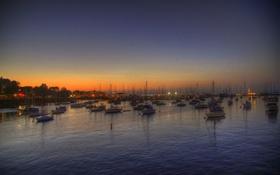 Картинка лодки, небо, сумерки, пристань для яхт