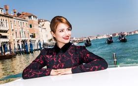 Картинка улыбка, дома, лодки, актриса, прическа, фотограф, канал