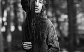 Картинка девушка, шляпа, косички