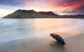 Обои море, берег, зонт