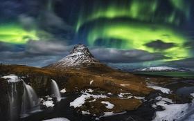 Обои ночь, гора, северное сияние, вулкан, Исландия, Kirkjufell