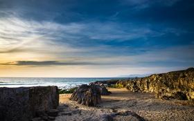 Картинка море, небо, облака, люди, скалы