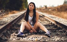 Картинка взгляд, девушка, железная дорога