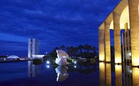 Обои ночь, огни, площадь, Бразилия