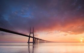 Картинка море, закат, тучи, Мост