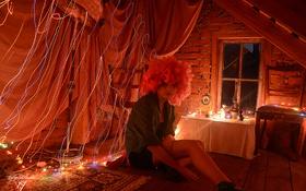 Картинка девушка, лучи, свет, ночь, тепло, комната, настроение