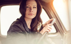 Картинка авто, портрет, кареглазая, Renee, Natural light
