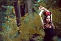 Картинка лес, взгляд, девушка, шатенка, бант, ушки