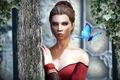 Картинка девушка, бабочка, столб, Skyrim, плющ, Caelya