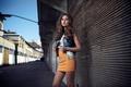 Картинка девушка, улица, юбка
