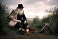 Картинка лампа, девочка, дедушка