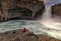 Картинка водопад, человек, река