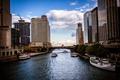 Картинка город, река, небоскребы, лодки, вечер, Чикаго, Иллиноис