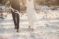Картинка невеста, жених, пляж, песок