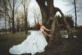 Картинка платье, дерево, девушка, невеста