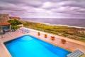 Картинка вазонки., лежаки, pool, бассейн, цветы, пейзаж, море