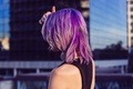 Картинка девушка, майка, фиолетовые волосы