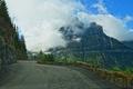 Картинка шоссе, горы, облака, небо, лес, дорога