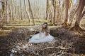 Картинка платье, девушка, лес, гнездо