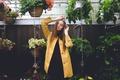 Картинка девушка, цветы, растения, плащ