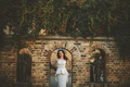 Картинка девушка, деревья, платье, арка, невеста