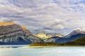 Картинка небо, облака, деревья, горы, Канада, Альберта, озеро Кананаскис