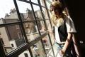 Картинка свет, тень, актриса, окно, Emma Roberts