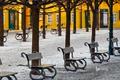 Картинка снег, деревья, Прага, Чехия, аллея, скамья, остров Кампа