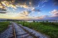 Картинка озеро, яхты, лодки, железная дорога, гравий