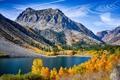 Картинка осень, небо, облака, деревья, горы, озеро