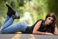 Картинка дорога, взгляд, лицо, волосы, джинсы, Lexi