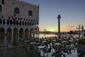 Картинка отражение, рассвет, утро, Италия, Венеция, дворец Дожей, пбяцетта