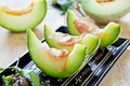 Картинка дольки, melon, поднос, дыня, tray, cloves
