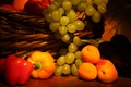 Картинка гроздь, абрикосы, корзина, виноград, фрукты, перец