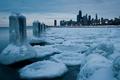 Картинка зима, снег, город, река, лёд, небоскребы, Чикаго