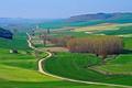 Картинка дорога, трава, деревья, горы, холмы, поля, Испания