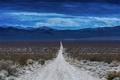 Картинка дорога, небо, облака, горы, холмы, пустыня, горизонт