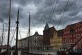Картинка небо, облака, корабль, дома, крыши, мачты, копенгаген