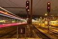 Картинка ночь, лампы, Дания, знаки, поезда, светильники, линии электропередач