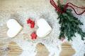 Картинка снег, праздник, елка, печенье, Рождество, сердечки, сладости