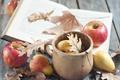 Картинка листья, яблоки, блокнот, груша