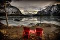 Картинка горы, озеро, вечер, кресла
