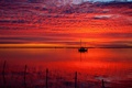 Картинка море, небо, облака, закат, сети, лодка, зарево