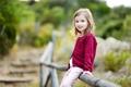 Картинка ограда, блондинка, девочка