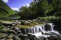 Картинка камни, река, деревья, горы, небо, пороги